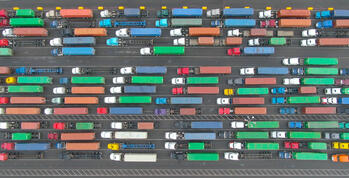 truck traffic in southern california ports
