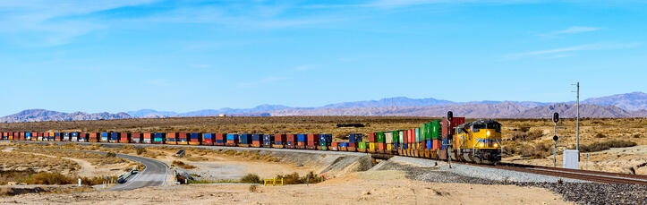 union pacific intermodal train