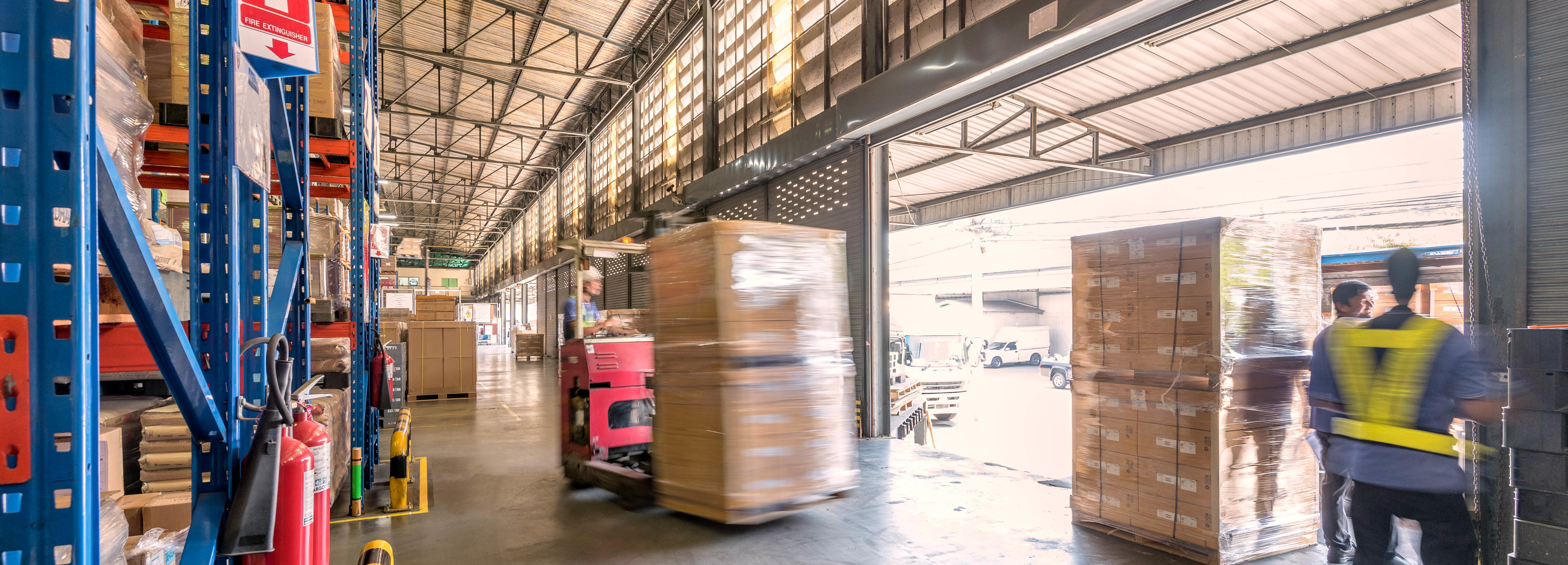 When to Use a Freight Broker in Your Logistics Strategy